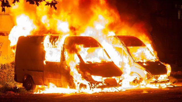 (Рус) В одной из областей Украины сгорели грузовые бусы