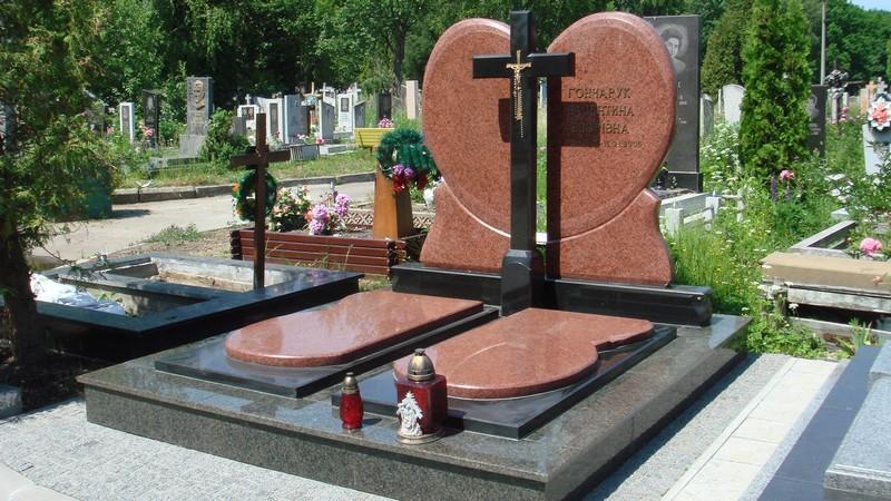 Як вибрати гранітний пам'ятник