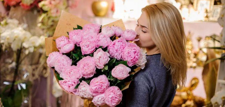 (Рус) Доставка цветов в Киеве – преимущества услуги