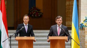 Голова МЗС Угорщини приїде в Україну, щоб владнати відносини між країнами