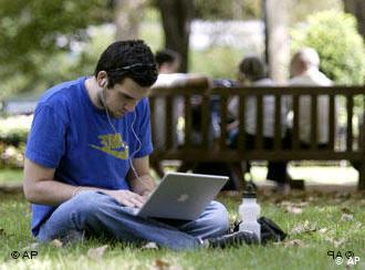 (Укр) Переваги читання новин політики в інтернеті