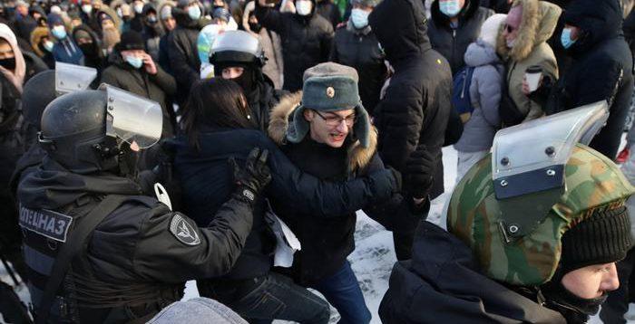В РФ знову мітинги в підтримку Навального. ПОДРОБИЦІ