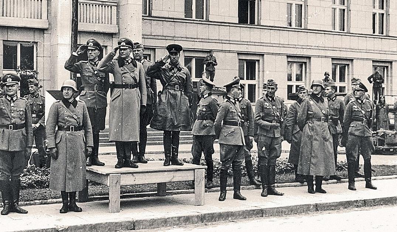 У РФ хочуть заборонити ототожнювати СРСР і нацистську Німеччину у роки Другої світової війни