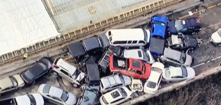 У США трапилось ДТП: зіткнулися більше 130 автомобілів. ВІДЕО