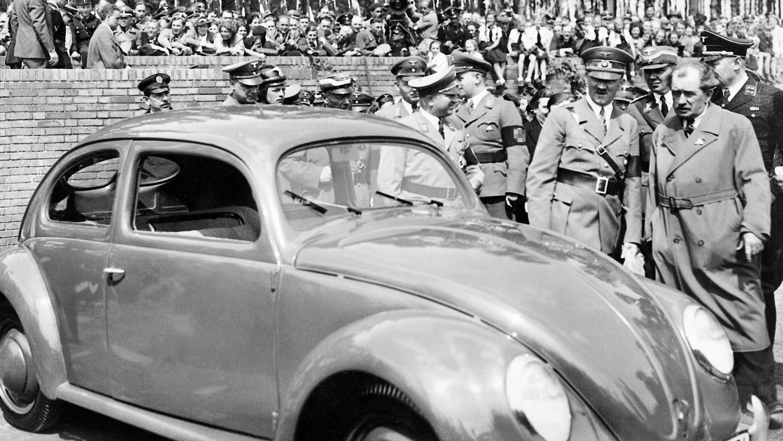 """Історики розповіли, як Гітлер придумав """"народний автомобіль"""""""