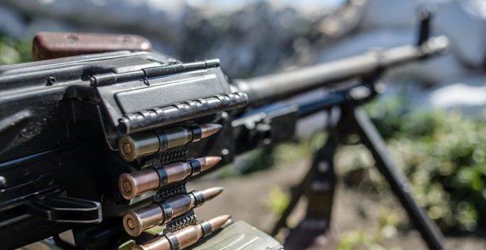 На Донбасі терористи вбили другого військового за день