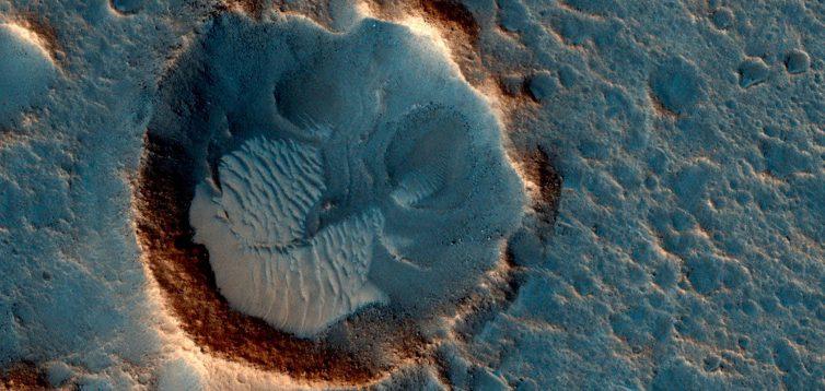 Вчені вперше розповіли про властивості води на Марсі