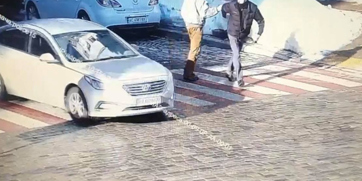 Поліція затримала водія, який у центрі Києва вбив людину