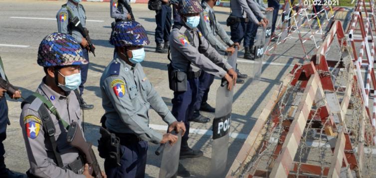 Військовий переворот в М'янмі: в країні практично повністю відключили інтернет. ВІДЕО