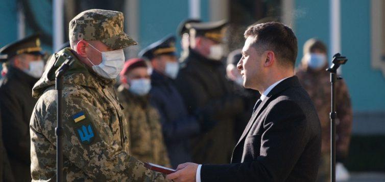 Зеленський розширив перелік військових посад, на які він призначатиме особисто