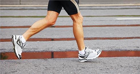 (Рус) Спортивные кроссовки в зависимости от времени года