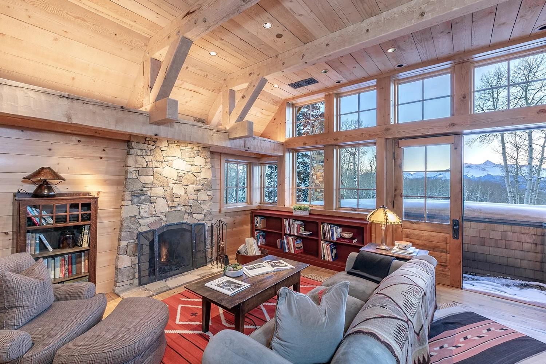 Том Круз виставив на продаж свій розкішний гірський особняк. ФОТО