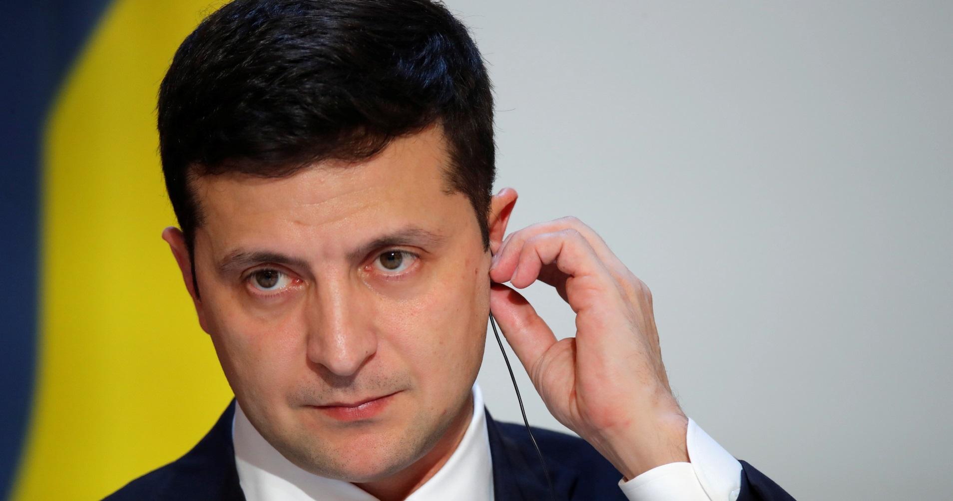Зеленський не самостійний гравець і не може сам вирішувати долю свого президентства, – політолог