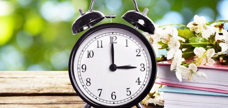 Депутатам рекомендують відмовитися від сезонного переведення годинників