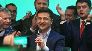 Груба неповага: екс-міністр Омелян показав, як українська делегація порушила етикет в Катарі (ФОТО)