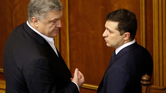 Соцопитування: у президентському рейтингу лідирують Зеленський і Порошенко
