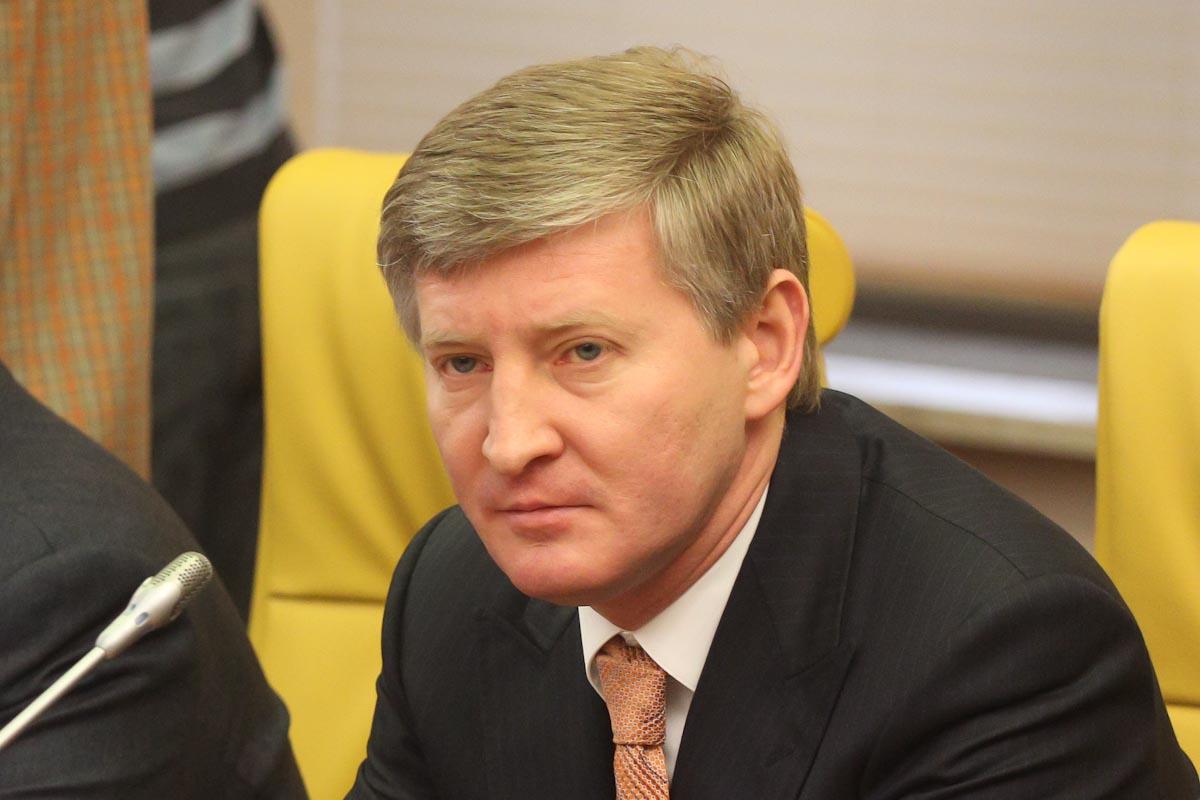 Ахметов – півень: українського олігарха образили в ефірі його ж телеканалу (ВІДЕО)