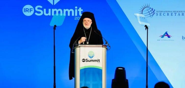 Архієпископ Америки: Кремлю вигідно мати в Україні Свою Церкву