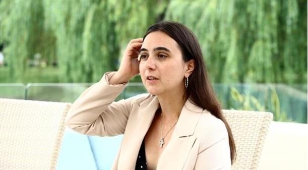 """Мендель заявила, що в перші місяці роботи в офісі президента вона зіткнулася з """" повною катастрофою"""""""