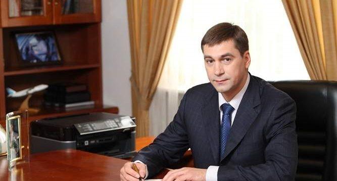 """Екс-регіонал Луцький, який став ректором НАУ, ввів для студентів """"радянський"""" дрес-код"""
