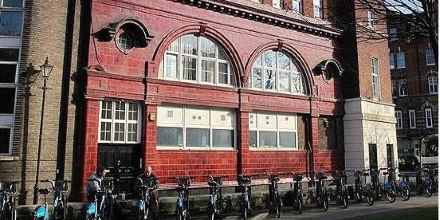 У Лондоні незадоволені, що станція метро, яку Фірташ купив за 53 млн фунтів, коштує покинута