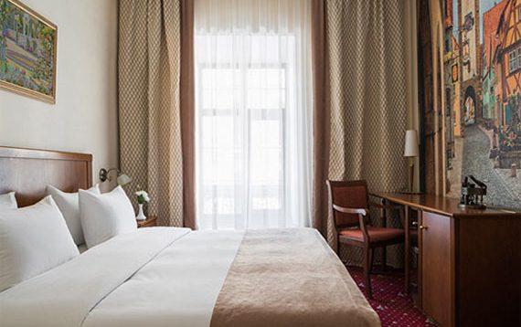 (Рус) Преимущества бронирования номера в гостинице