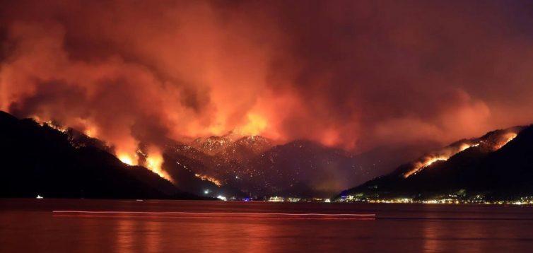 Через пожежі в Туреччині, Італії та Греції погода в Україні стала нестійкою і складною