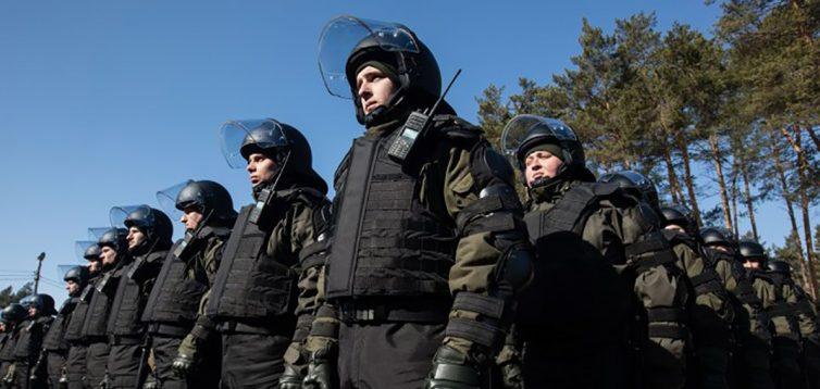 Уряд визначив, коли поліція й Нацгвардія можуть застосовувати силу проти протестуючих