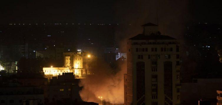 Израиль нанес удары по Сектору Газы