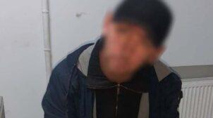 У Києві чоловік порізав ножем двох людей і намагався втекти