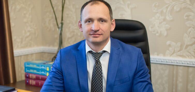 На день рождения к Татарову приезжали Портнов, Новинский и следователи, которые ведут его дело
