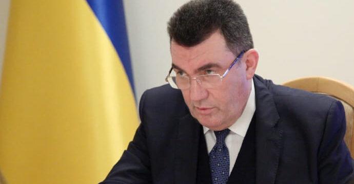 Голова РНБО підтримує відмову від кирилиці та перехід на латинку