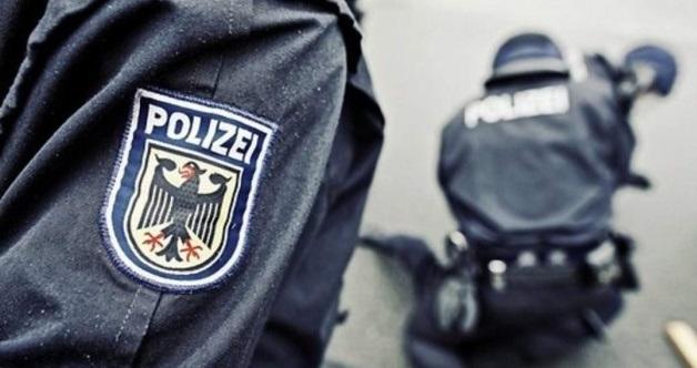 У Німеччині затримали чоловіка, який захопив у заручники пасажирів автобуса