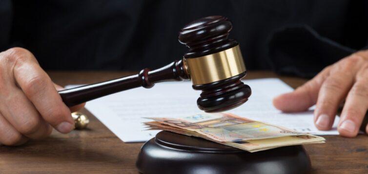 Україні потрібно зайнятися судами, а не зациклюватися на законах про олігархів, – ведучий BBC