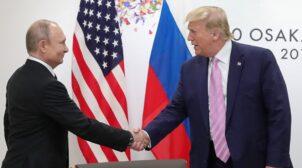 Колишня речиниця Трампа розповіла, що він обіцяв Путіну в приватній розмові