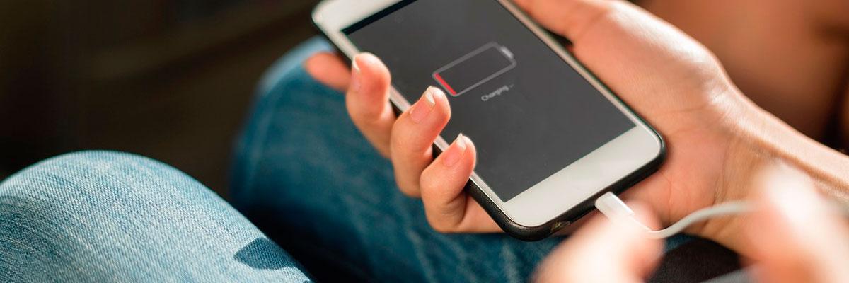 В Євросоюзі введуть зарядку одного типу для всіх смартфонів