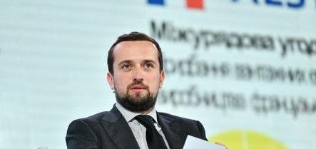Фирма жены замглавы ОП Тимошенко заработала более миллиона гривен на поездках Зеленского