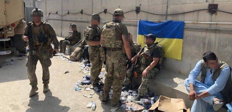 Розвідка опублікувала кадри унікальної спецоперації з евакуації українців у Кабулі
