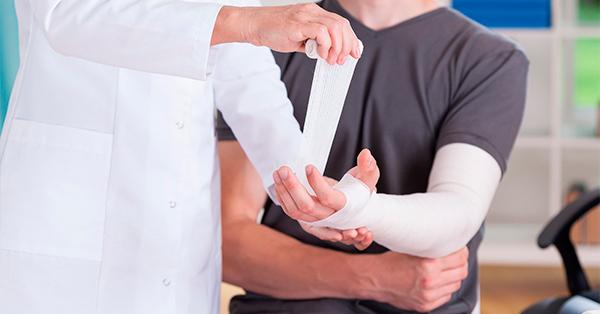 Когда необходимо обращаться к ортопеду-травматологу