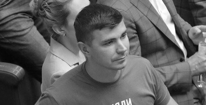"""У """"Слуги народу"""" повідомили причину смерті нардепа Полякова"""