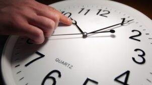Переведення годинників: коли Україна перейде на зимовий час