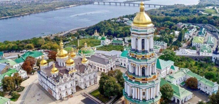 Потрібен тільки час: в ПЦУ заявили, що Києво-Печерська лавра буде українською
